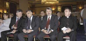 Visoki uzvanici za vrijeme svečanog otvaranja kongresa
